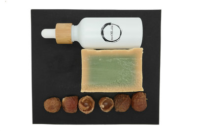 Geschenkset sustOILable BASIC met 100ml Jojoba olie in glazen pipetflesje, Aleppo zeep en wasnoten