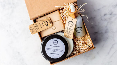 'Choose IT Yourself' geschenkset met 50ml olie, zeep en wasnoten