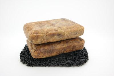sustOILable natuurlijk pure handgemaakte harde Afrikaanse zwarte zeep 2 stuks